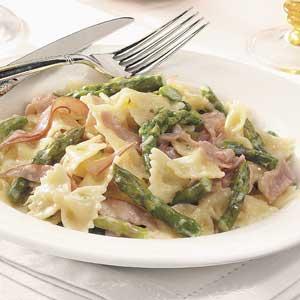 Bowtie Pasta with Ham and Asparagus Recipe