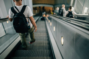 Use a backpack at the airport