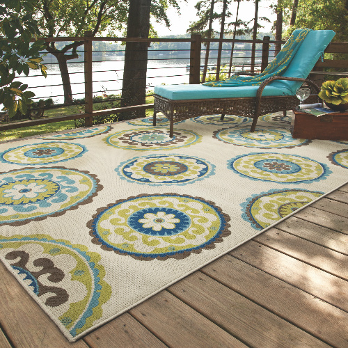66% off 5'3″ x 7'6″ Outdoor Area Rug : $86.99 + Free S/H