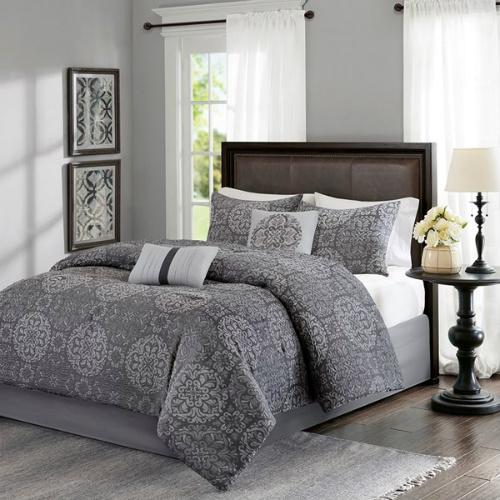 80% off 5-PC Queen Comforter Set : $29.99