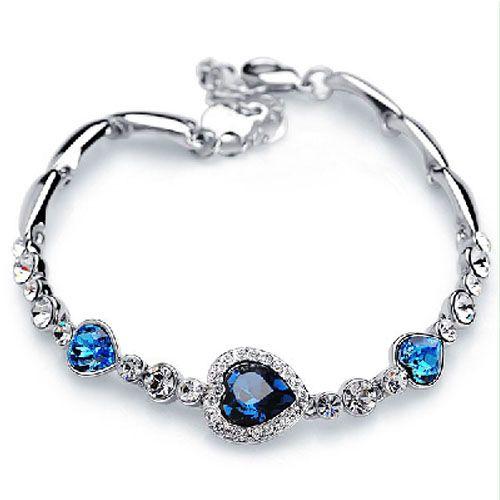 76% off Vintage Halo Heart Design Bracelet : Only $22
