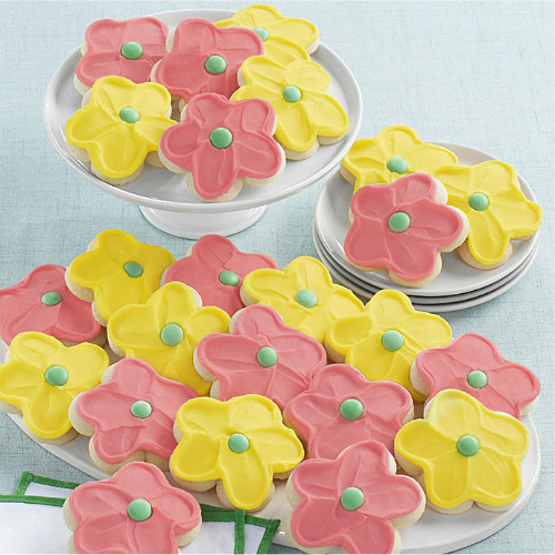 41% off 1-Dozen Buttercream Frosted Flower Cookies : $19.99 + Free S/H
