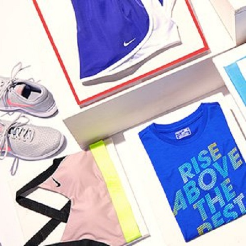 Up to 50% off Nike Sportswear : Prices start at $19.99