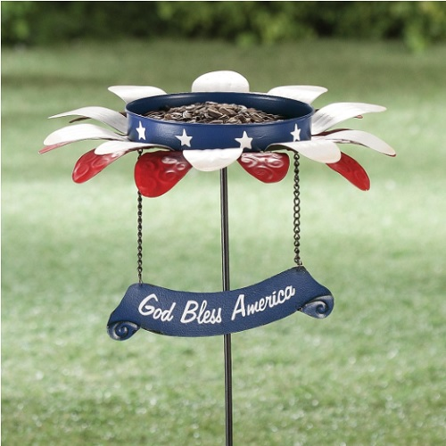 70% off Patriotic Bird Feeder Garden Stake : Only $4.48